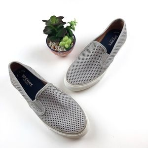 SPERRY Seaside Perforated Slip-On Sneaker Size 8
